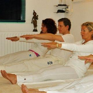 Raja yoga gericht op het 8 voudige pad van Patanjali en Vedanta